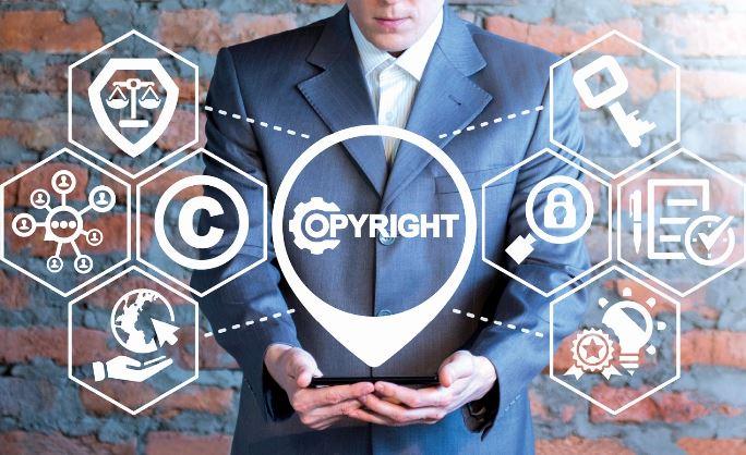 L'adoption de la directive sur le droit d'auteur dans le marché unique numérique : une atteinte aux libertés numériques ou une protection des industries créatives ? Quels sont les changements à prévoir ?/><img src=