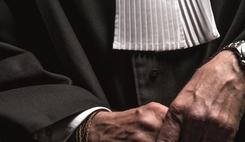 « Les avocats sont les garants des droits de tous, pour tous et partout » : le CNB réclame une série de mesures fortes/><img src=