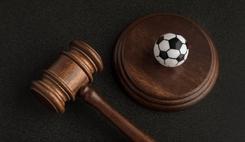 La FIFA lance la deuxième édition de son Diplôme en droit du football/><img src=